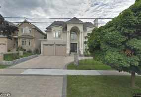 House, 3329 Joan Dr, Mississauga